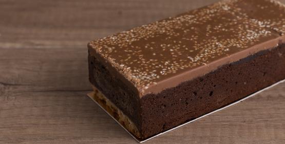 cakes faits maison de la chocolaterie Colombet de Pontgibaud, dans le Puy de dôme